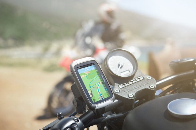 TomTom Rider 400 Motorcycle GPS Unit